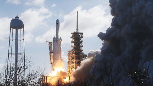 roketin fırlatılış anı