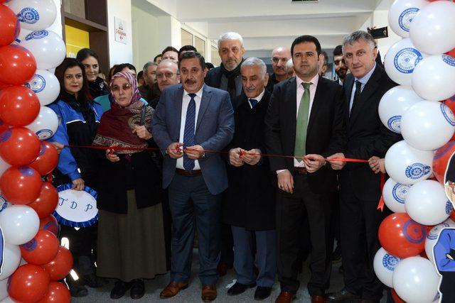 Şehit Polis Necmi Çakır'ın adı kütüphanede yaşayacak