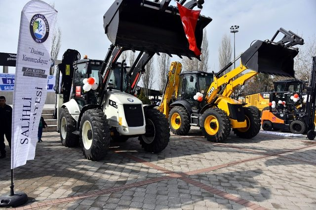 Salihli Belediyesi araç filosunu güçlendirdi