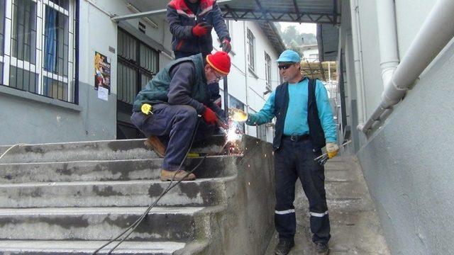 Alaşehir Belediyesinden eğitime büyük destek