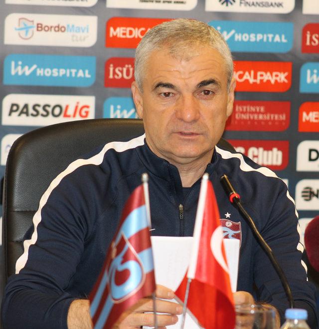 Trabzonspor Teknik Direktörü Çalımbay: