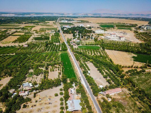 Büyükşehir baraj yolunda çalışmalara devam ediyor