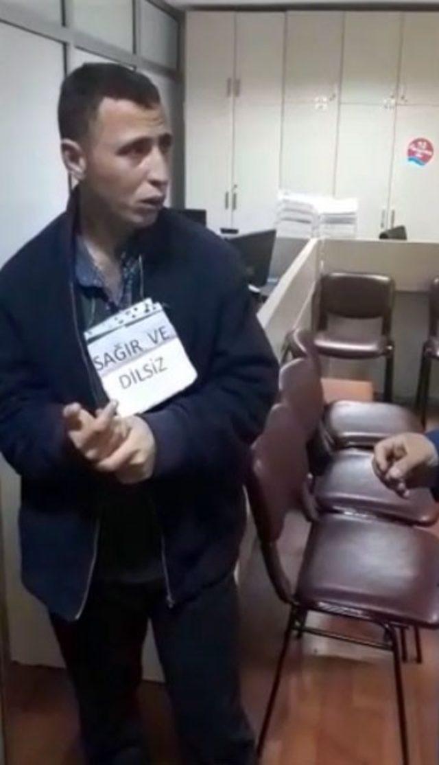 Sağır ve dilsiz numarası yapan dilenci, zabıta karşısında bülbül kesildi