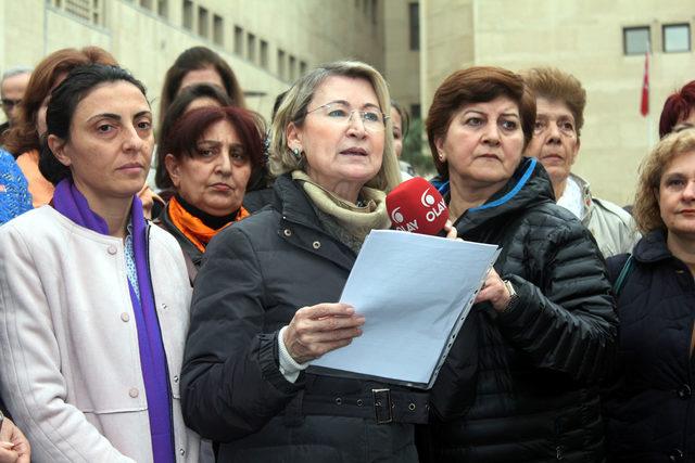 Kayışoğlu: CHP'li kadınlara hakaret eden öğretmene dava açılması için 40 takla attık