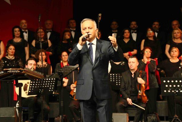 Bayraklı'da sevenler için özel konser