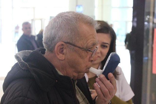 """Prof. Dr. Toprak: """"Sigara dünyanın en büyük bağımlılık yapıcı maddesi"""""""
