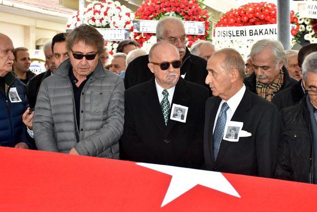 Emekli büyükelçi Nabi Şensoy toprağa verildi