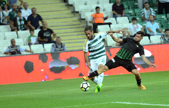 Bursaspor, deplasmanda T.M. Akhisarspor'a konuk oluyor