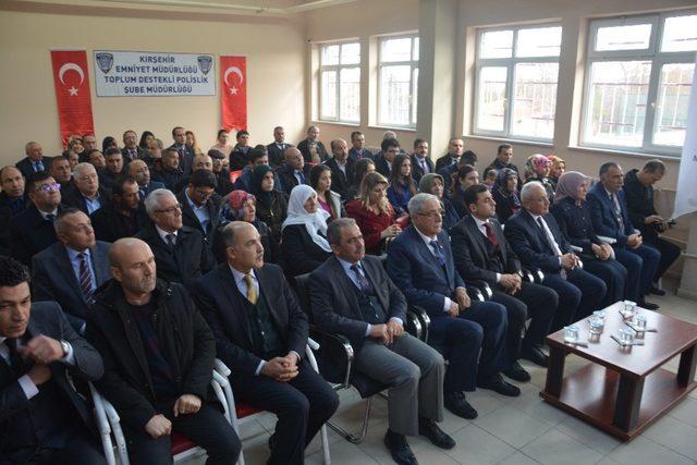 Kırşehir Emniyetinden Akpınar İlçesine 'Z Kütüphane'