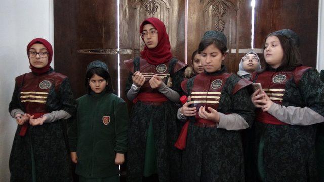 2.Abdülhamid türbesi halkın ziyaretine açıldı