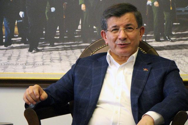 Davutoğlu: Türkiye'nin sınır güvenliği konusunda tek bir noktada birleşmesi lazım