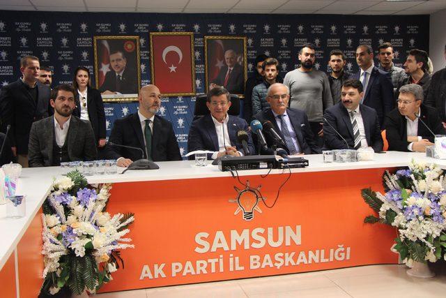 Davutoğlu: Türkiye'nin sınır güvenliği konusunda tek bir noktada birleşmesi lazım (2)
