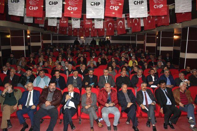 YSK tarafından iptal edilen CHP İl Kongresi yenilendi