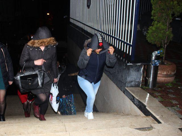 Fuhuş ve insan ticareti operasyonunda 40 gözaltı
