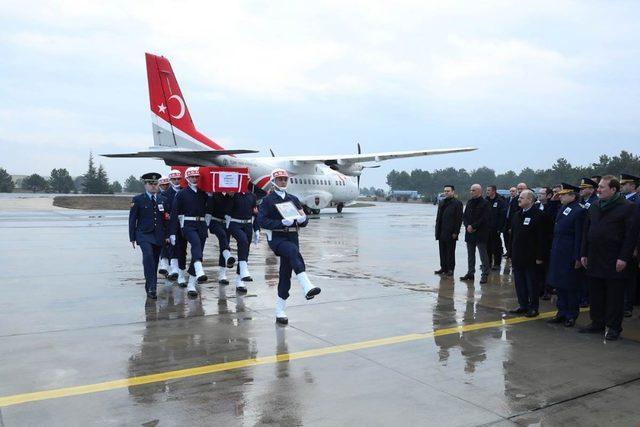 Şehit Serdar Ege'nin naaşı Eskişehir'e ulaştı