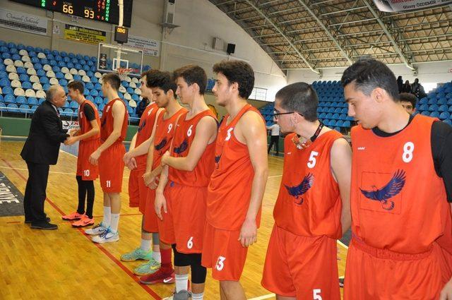 Okul sporları basketbol genç kız-erkek il birinciliği sona erdi