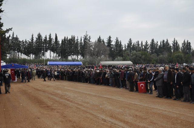 Hataylı Afrin şehidini binler uğurladı