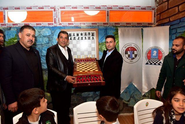 Ceylanpınar'da Satranç Eğitim Merkezi