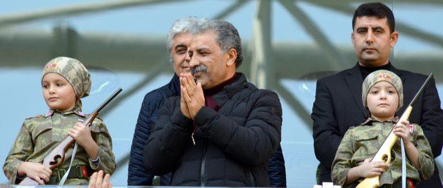 Kayserispor Başkanı Bedir: ''Maçlar gelir geçer, önemli olan ülkemiz''