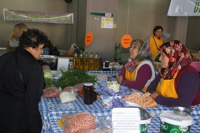 Bu pazara ithal tohumdan üretilen ve ilaçlı ürünler giremiyor