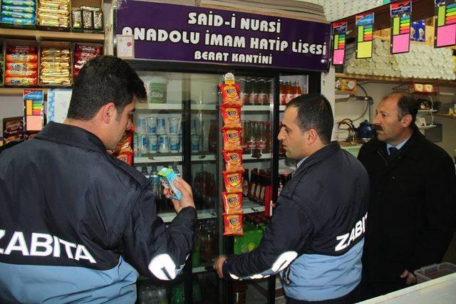 Bitlis'te okul kantinleri denetlendi