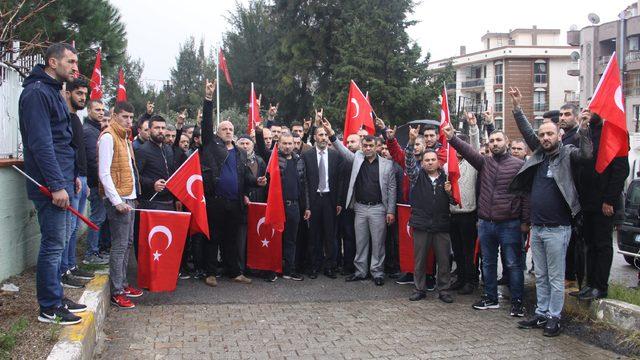İzmir'den gönüllü askerlik başvurusu