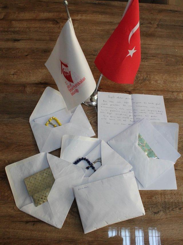 Çocuk Evlerinde kalan çocuklardan Afrin'deki Mehmetçiğe mektup: