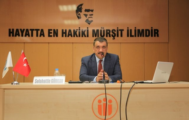 'Şehir ve İnsan' konulu konferans düzenlendi