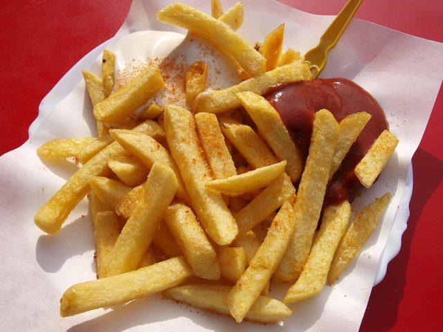 fast-food-1839052_1280