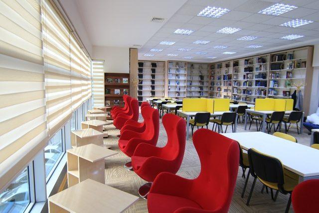 Büyükşehir'in kütüphane hizmeti takdir topluyor