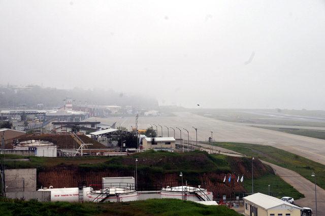 Trabzon'da uçak seferlerine sis engeli
