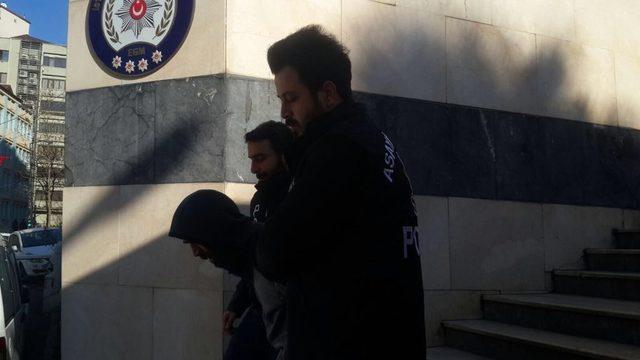 Bankadan çıkan kişiyi takip edip 276 bin lirasını çaldılar