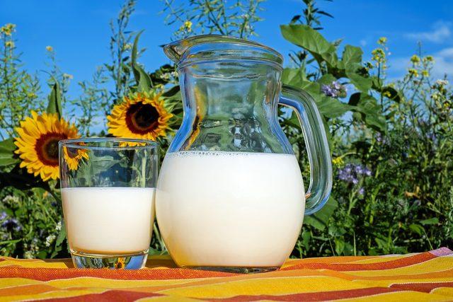 milk-2474993_1280