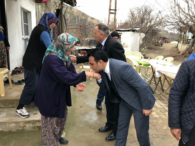 Yaralanan askerin ailesine Büyükşehir'den 'Geçmiş olsun' ziyareti