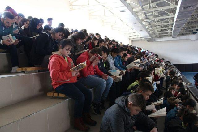 Sarıcakaya'da kitap okuma projesi