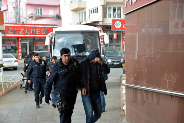8 ilde yapılan FETÖ operasyonda gözaltı sayısı 12'ye yükseldi