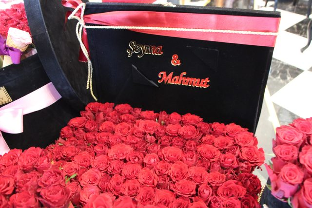 Şanlıurfa'da sevgiliye yeni nesil hediye