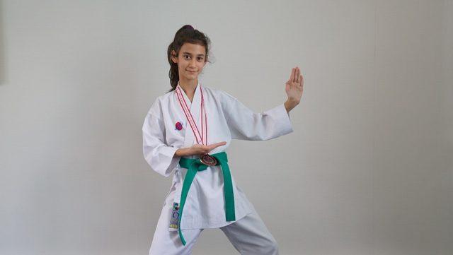 Erdem Koleji  Öğrencisi karatede 3. oldu