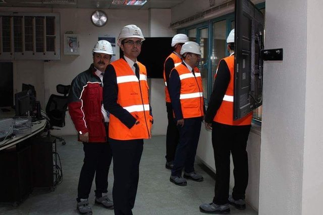 Kaymakamlar, Asit Borik Fabrikası'nı inceledi
