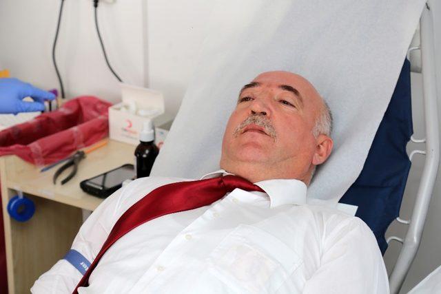 Gazi'den 'Zeytin Dalı Harekatı' için kan bağışı