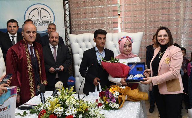Dulkadiroğlu'nda 17 çifte nikah