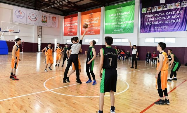 Büyükşehir belediyesi spor turnuvası devam ediyor