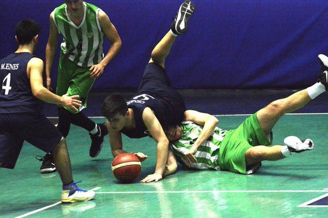 Manisa BBSK U16 basket takımı Manisa Şampiyonu oldu