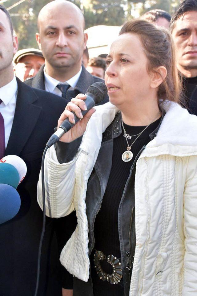Fırat Yılmaz Çakıroğlu mezarı başında anıldı