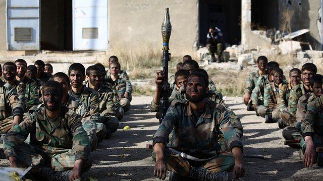 Ceyş-ül İslam Doğu Guta'da çocukları da savaştırıyor