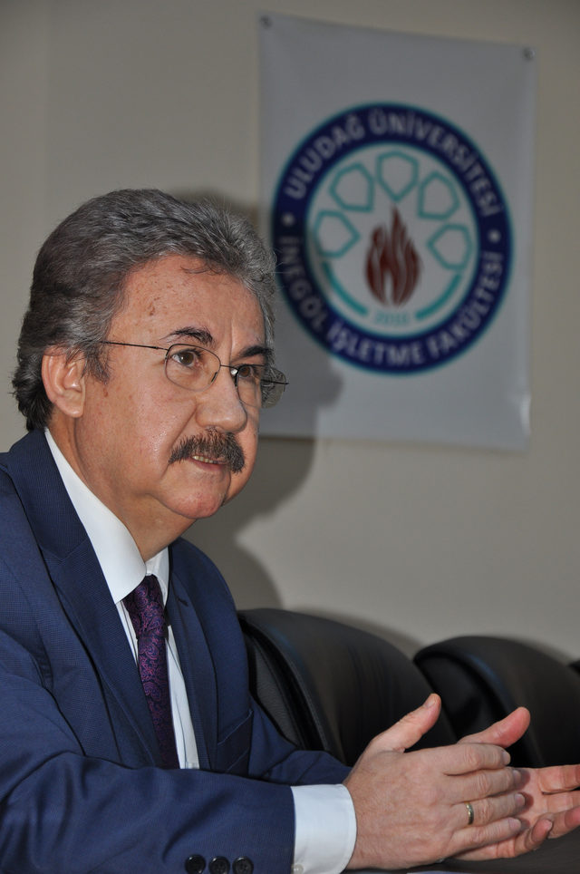 UÜ İnegöl İşletme Fakültesi Dekanı Canbolat istifa edeceğini açıkladı