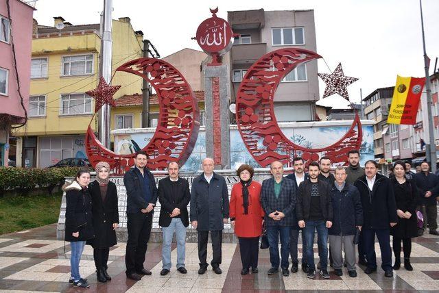 Dursunbey MHP'den Afrin Şehitleri İçin pilav hayrı