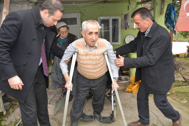 Efeler Belediyesi engelleri ortadan kaldırmayı devam ediyor