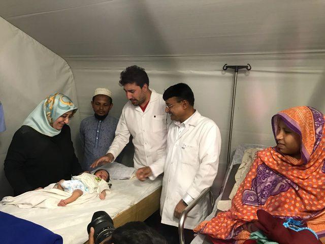 Türk sahra hastanesinde doğan Arakanlı bebeğe 'Recep Tayyip' adı verildi