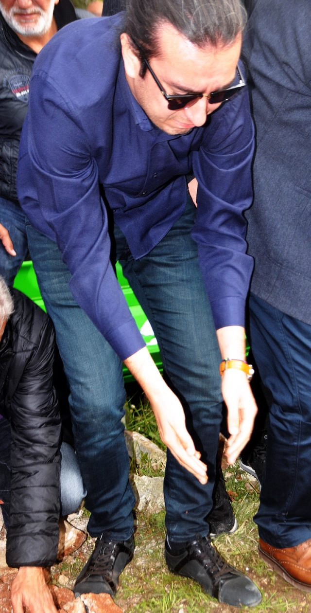 Bodrum'u sarsan kaza; Belediye Başkan Yardımcısı denize uçan otomobilde öldü (3)